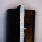 Słabej jakości ostrze narzędzia do drewna