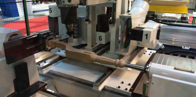 Maszyna do produkcji krzeseł